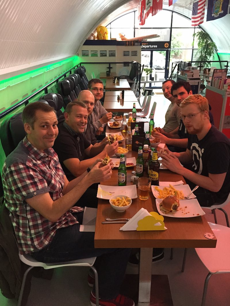 Hangar 4 Burgers with the teams